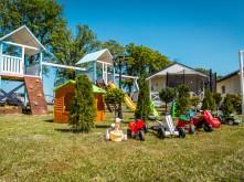 holiday-camp-full-44orig