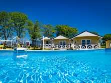 holiday-camp-full-48orig